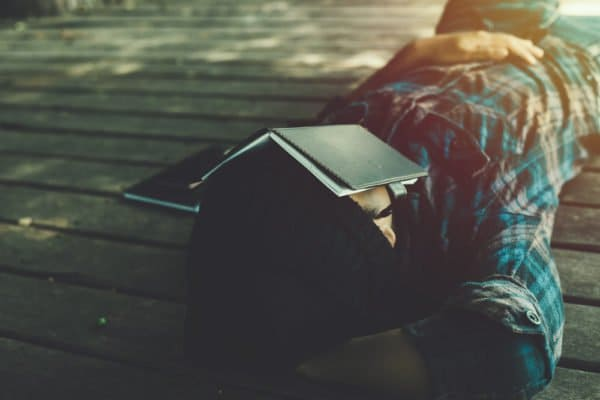 6 Practical Ways To Get Rid Of Your Sleep While Studying