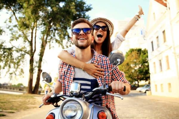 7 Amazingly Friendly Ways to Friend Zone a Guy Who Likes You