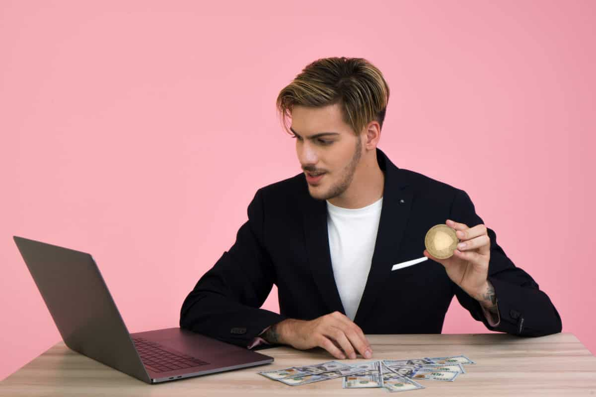 6 Money Mistakes You Should Avoid In Your 20's