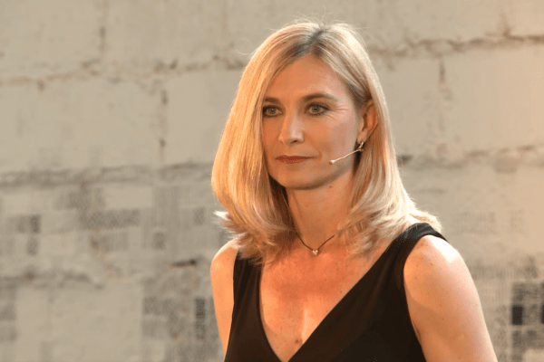 From Being an Introvert to Becoming a Dating Expert – The Story Of Paula Quinsee