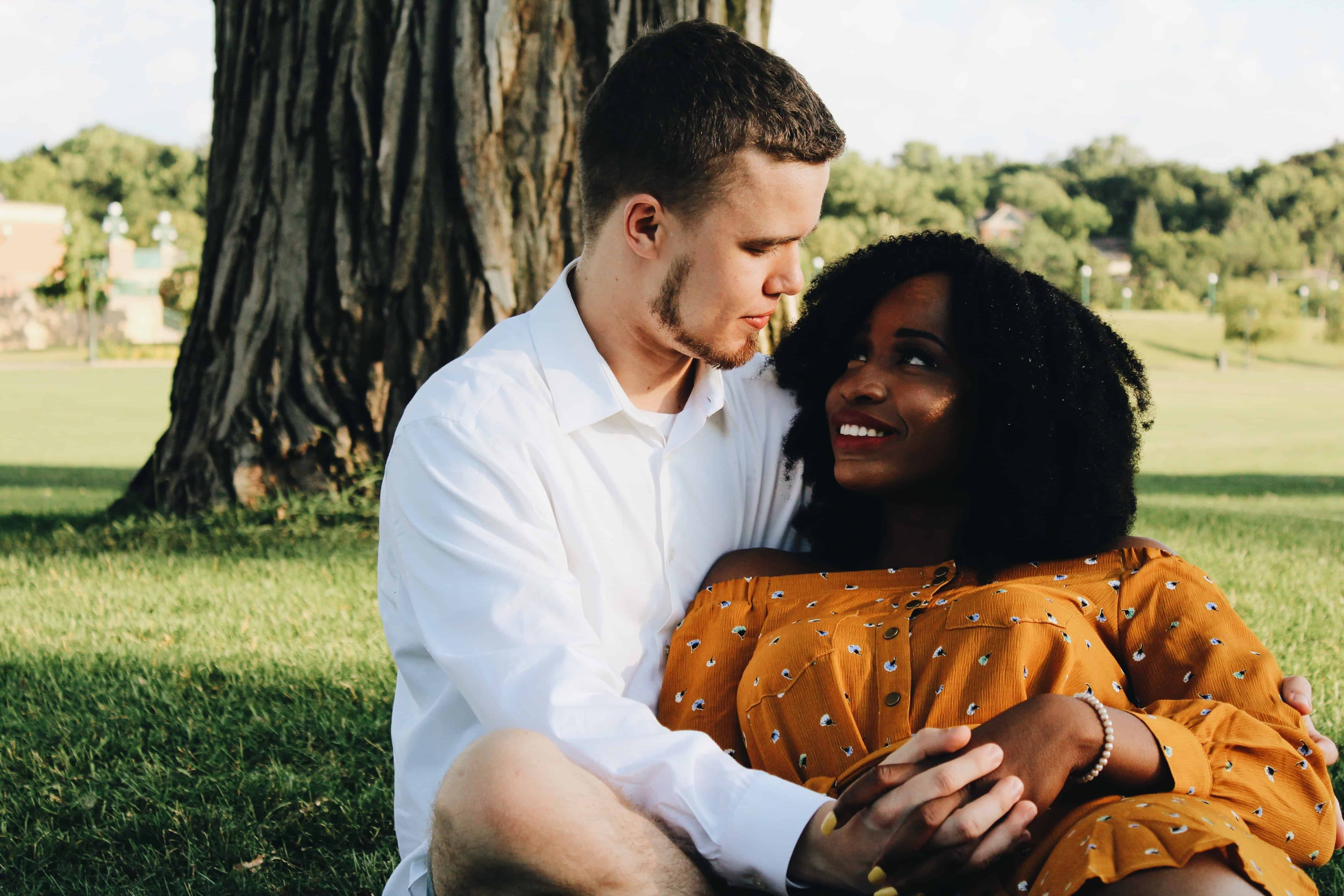 5 Reasons to Date Someone from Another Country