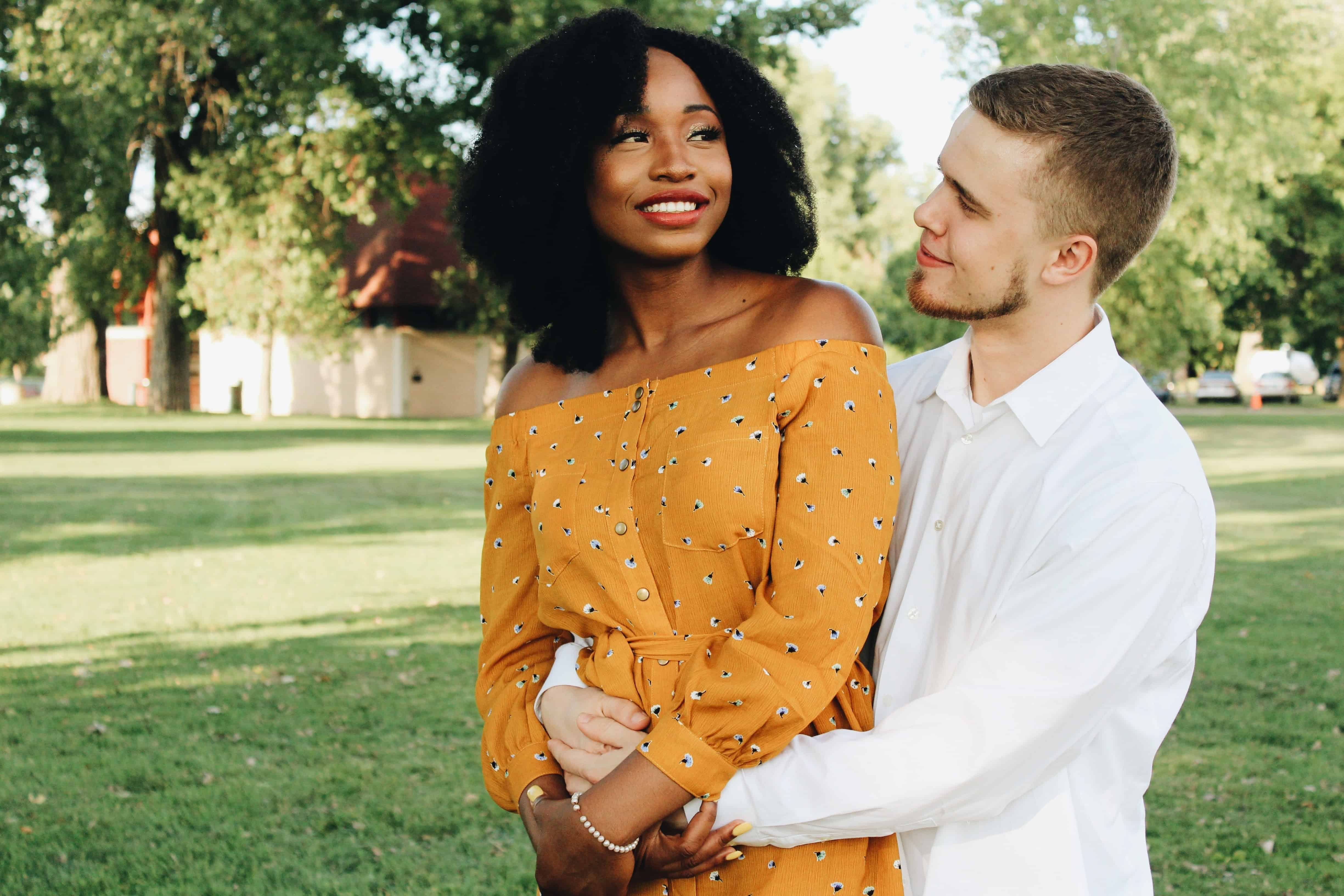 7 Signs That Reveal You Are In a Twin Flame Relationship