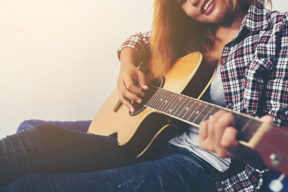 7 Ways Playing a Musical Instrument can Improve Your Writing