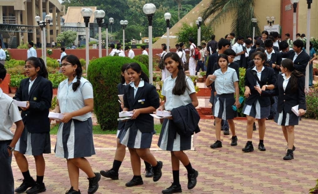 things that are going wrong in Indian schools