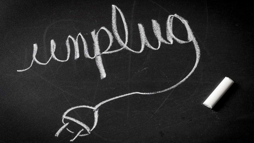 unplug-your-internet-cable